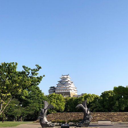 Himeji Castle Daitenshu no Shachigawara (Replica)