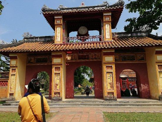 Vietnam Explore
