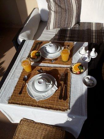 Riad Snan13: Desayuno en la terraza, un regalo para los sentidos