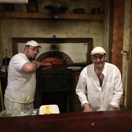 Irish Pub Steak & Pizza House  Stara Tura