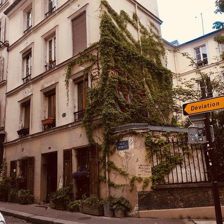 Ibis Paris Montmartre 18ème : photo1.jpg