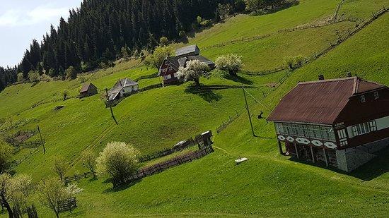 Fundata, Romania: 20180430_114222_large.jpg