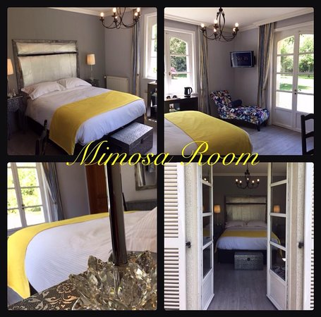 Tessy-sur-Vire, Frankrike: Mimosa Room with private terrace