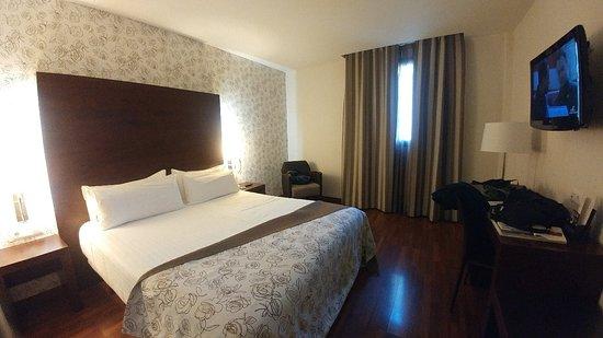 Hotel Gran Ultonia: 20180428_172434_large.jpg