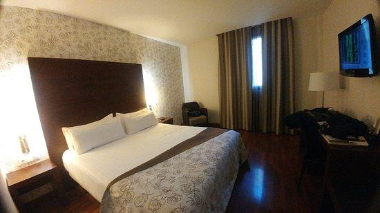 Hotel Gran Ultonia: 20180428_172420_Burst01_large.jpg