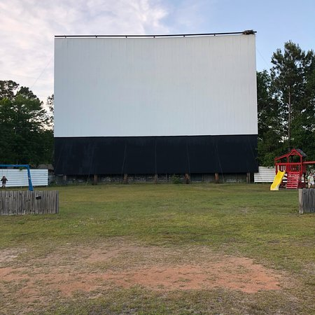 Highway 21 drive in movie theater beaufort sc