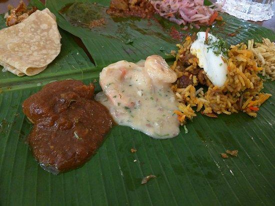Rustom's Parsi Bhonu : Chicken Curry, Prawn White Curry, Mutton Pulao