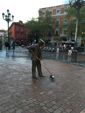 Sculpture That Honours The Workers That Sweep The Streets Of Madrid