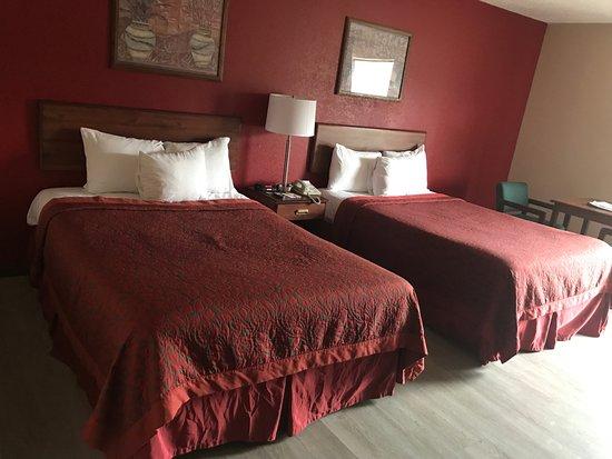 Hillsboro, OH: DOUBLE ROOM