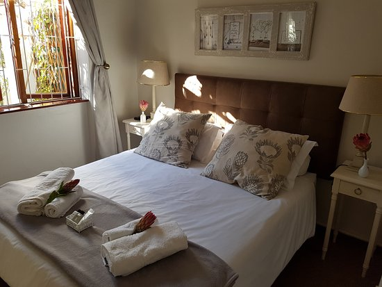 Kenilworth, South Africa: Bedroom of 2 room Self- Catering Flat