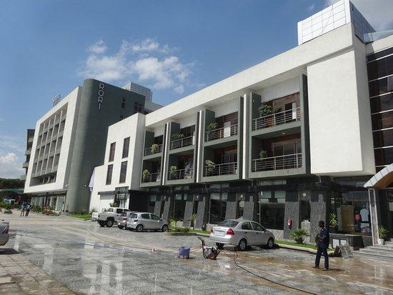 Rori Hotel