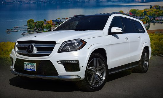 West Kelowna, Canadá: Lust 4 Luxury Tours Mercedes Benz GL550 SUV. Join us for a private tour with 2-6 guests.