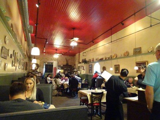 Red Raven Restaurant: Innenraum