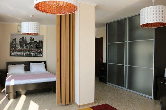 Laza Hall Hotel لوحة