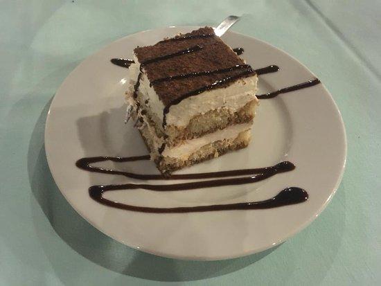 Srdela: Tiramisu-free dessert on the house