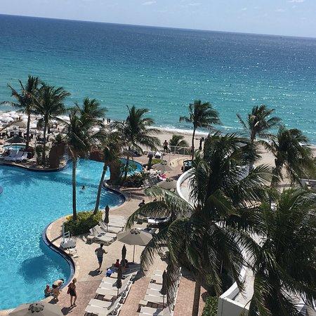 Trump International Beach Resort: photo3.jpg