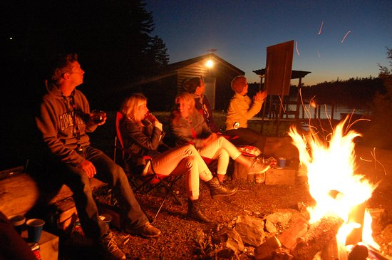 Temagami, Canada: Lakeside Firepit
