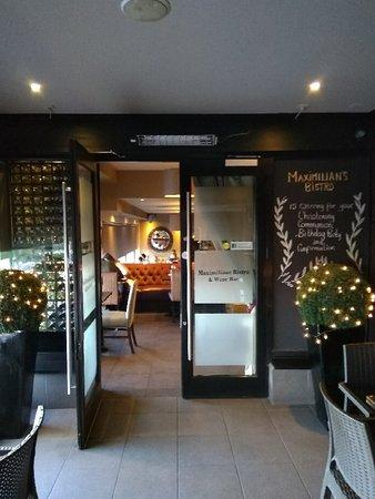 Maximilians Bistro & Wine Bar: IMG_20180505_200337_large.jpg