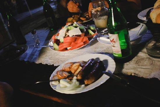 Sinagovtsi, Bulgarije: Kolacja przygotowana przez gospodarza