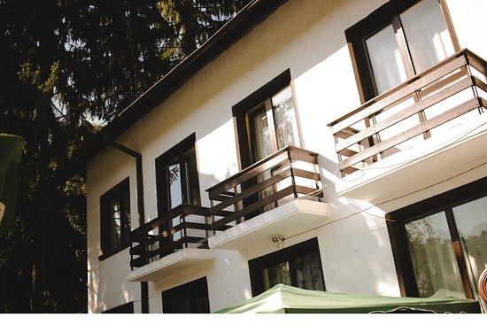 Sinagovtsi, Bulgarije: Budynek