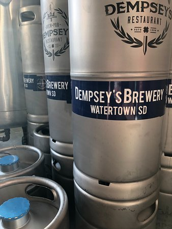 Watertown, SD: New Kegs!
