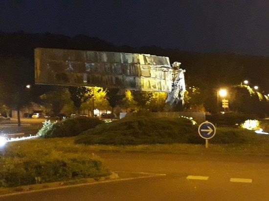 Clamecy, France: L'Homme du Futur