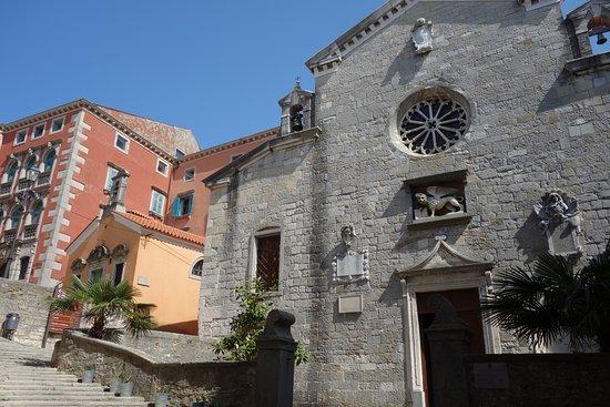 Labin, Croatia: Pfarrkirche Mariä Geburt