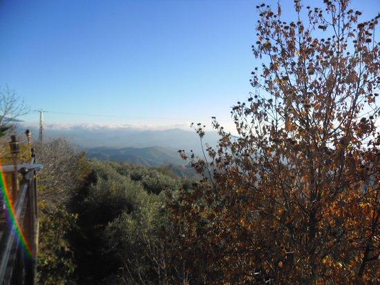 Laroles, Spanien: Die schöne Aussicht auf der Terrasse