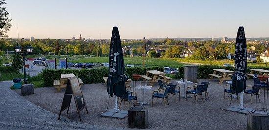 20180505_201448_large.jpg - Foto van Chalet Bergrust, Maastricht -  Tripadvisor