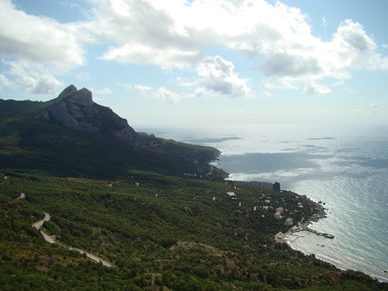 Laspi Bay