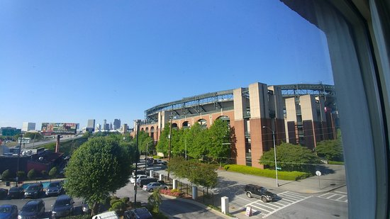 Country Inn & Suites by Radisson, Atlanta Downtown South at Turner Field, GA: GA State Stadium to the left, The Bullpen Rib House to the right