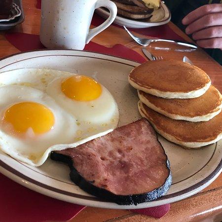 Polly's Pancake Parlor: photo2.jpg