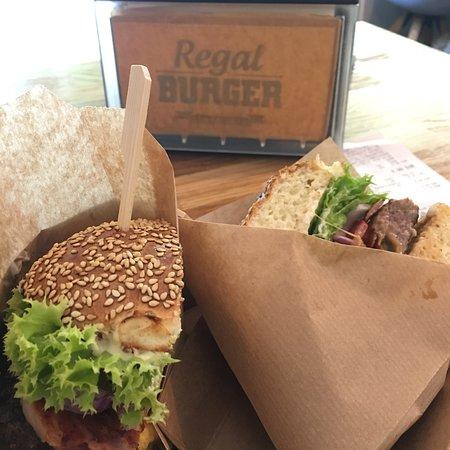 Regal Burger: photo4.jpg
