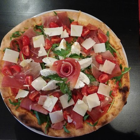 Wallisellen, Switzerland: Pizza al taglio Colosseum