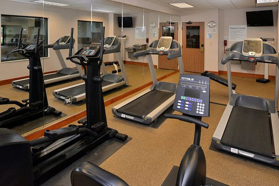 New Berlin, Wisconsin: Health club