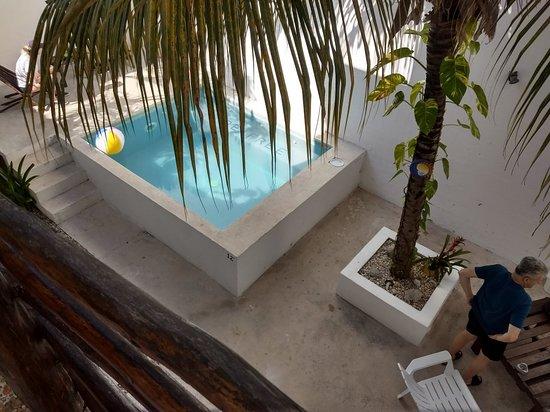 Hotel Latino: IMG_20180503_091832202_HDR_large.jpg