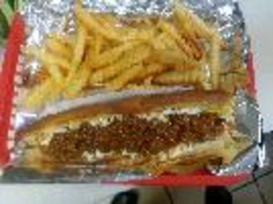 Yadkinville, North Carolina: Best hotdogs around with HOMEMADE chili & slaw