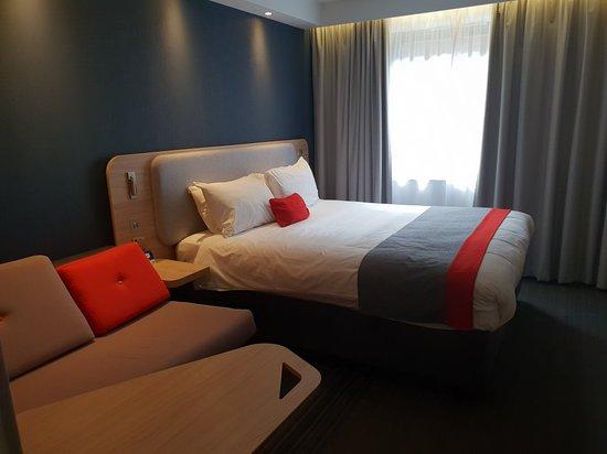Holiday Inn Express Milton Keynes: 20180504_163656_large.jpg