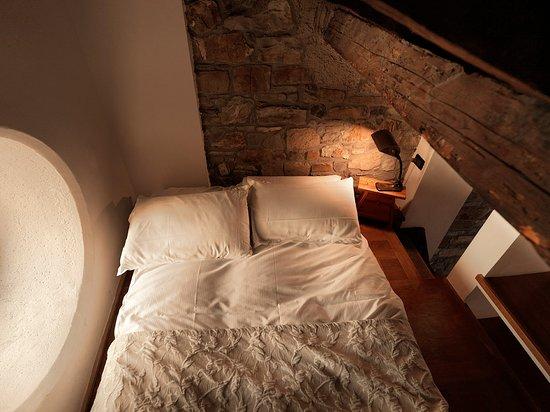 hotel residence l 39 albero nascosto trieste italie voir les tarifs et 18 avis. Black Bedroom Furniture Sets. Home Design Ideas