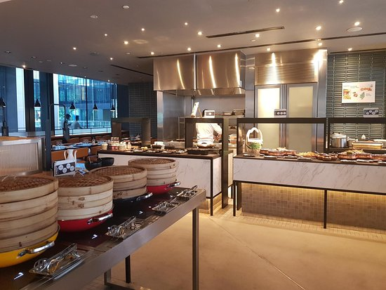 Buffet Brunch Picture Of Beach Road Kitchen Singapore