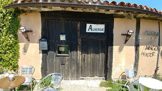 Atapuerca, Spania: albergue hutte.