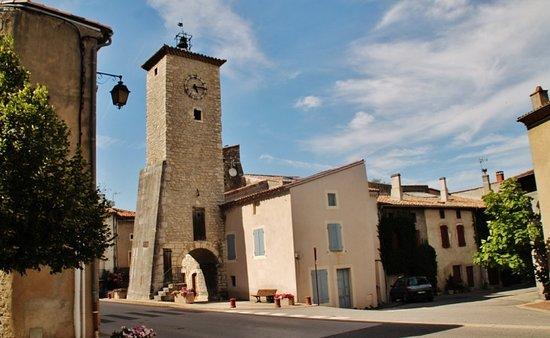 Baix, فرنسا: La Tour de l'Horloge - 07210 BAIX