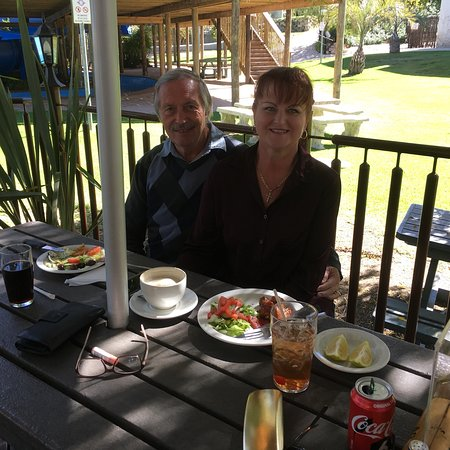 Secunda, Южная Африка: Sunday Carvery with Riaan and Marthelene Jonker
