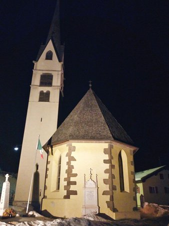Parrocchia Sant'Antonio: Chiesa by night