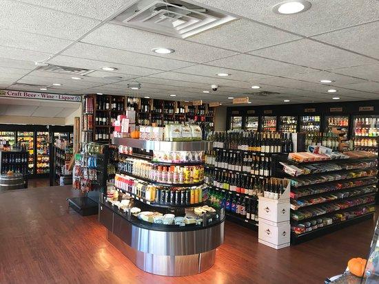 Billerica, MA: wine, cheese, deli