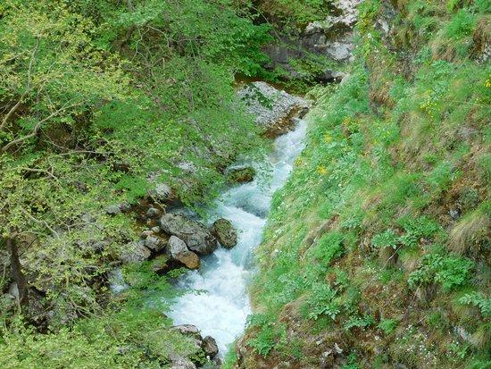 Syrrako - Kalarrytes Path