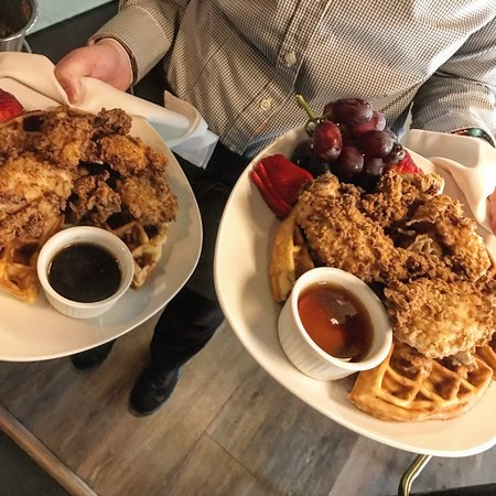 Nouveau Monde Wine Bar & Bistro: Chicken and waffles - brunch