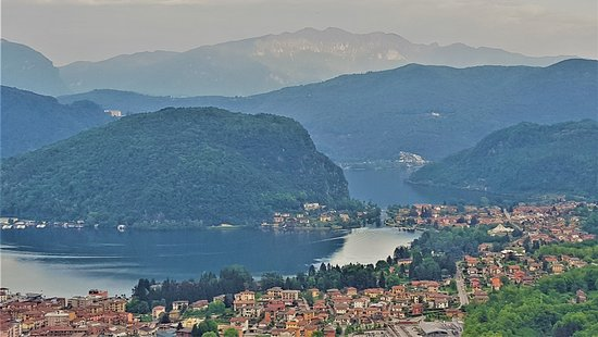 Viconago, Italien: view to lake Lugano from our bedroom (lake view room)