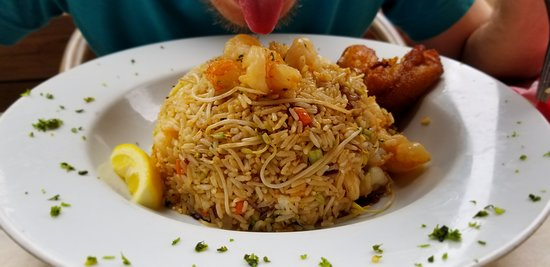 Red Fish Aruba: Shrimp fried rice
