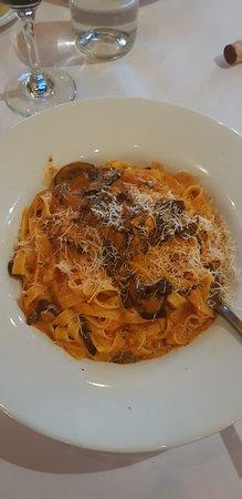 Milpitas, CA: Gluten free pasta with mushroom and vodka sauce